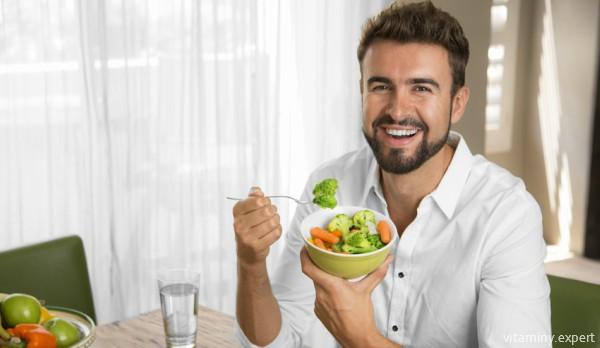 Фолиевая кислота должна поступать в организм мужчины из естественных источников
