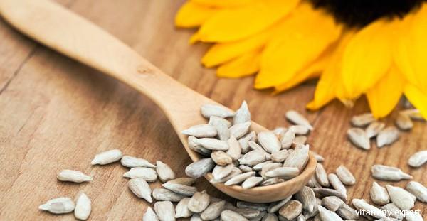 Семена подсолнуха содержат много токоферола