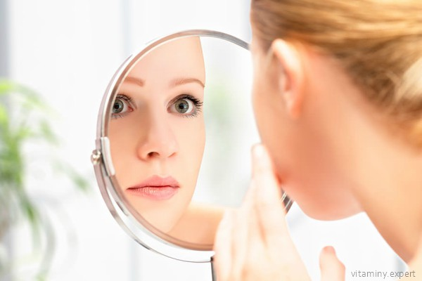 Аскорбиновая кислота решает многие проблемы кожи