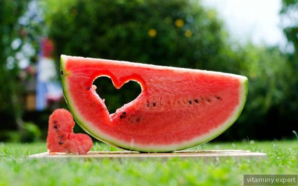 В арбузе содержится витамин В15