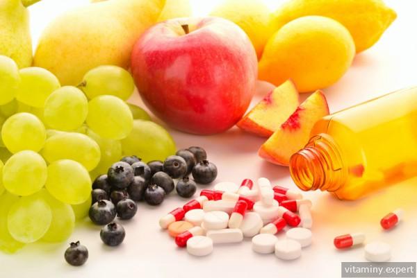 Витамины и фрукты