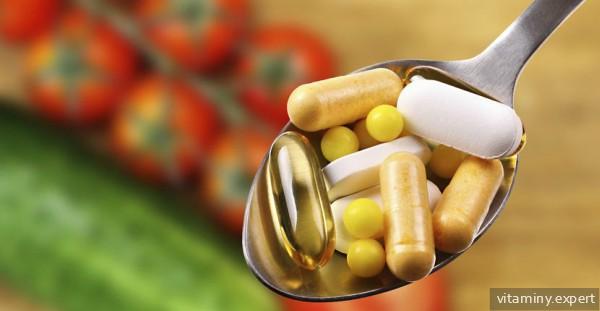 Витамины в ложке